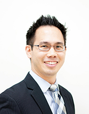 Richard Kim, English Pastor